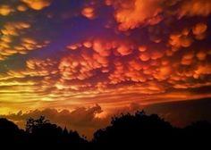 Ten amazing photos of mammatus clouds | Earth | EarthSky