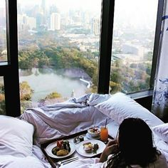 Breakfast in bed…with a view! NYC New York City Travel Honeymoon Backpack Backpacking Vacation