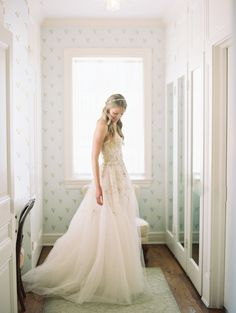 Photography: Carmen Santorelli - carmensantorellistudio.com   Read More on SMP: http://www.stylemepretty.com/2016/07/07/oceanside-wedding-in-san-diego/
