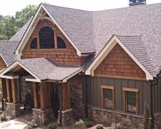 Traditional Exterior Luxury Mountain Homes Design, Pictures, Remodel, Decor and Ideas - page 16
