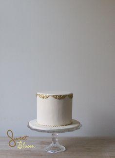 White / Gold cake