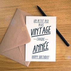 Parce que c'est un grand jour !Carte double100% papier recyclé 300g/m2Taille : 10cm x 15cmVendu avec l'enveloppe