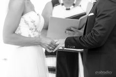 More gorgeousness from the spring wedding of Rochelle & Mark, with thanks to Eva Bradley Photography.