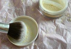 Entistäkin pysyvämpi ja heleämpi meikkipohja (+alekoodi): LUONNONKAUNIS