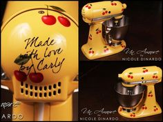 Custom Kitchen aids.  I LOVE these!  Talented artist Nicole Dinardo. Un Amore Custom Designs un-amore.com