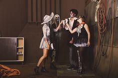 Een #Halloween feest met vrienden. Kies voor bijpassende schmink bij jouw kostuum. Ga verkleed als piraat, skelet, duivel of bruidegom. Concert, Outfits, Dresses, Fashion, Clothes, Vestidos, Moda, Suits, Gowns