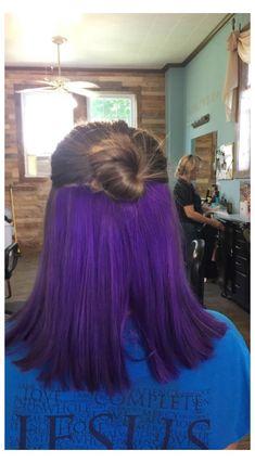 Half Colored Hair, Half Dyed Hair, Dyed Hair Purple, Hair Color Purple, Hair Dye Colors, Dye My Hair, Hair Color For Black Hair, Cool Hair Color, Dark Hair
