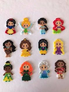 23 Ideas Disney Art Projects For Kids Perler Beads Easy Perler Bead Patterns, Melty Bead Patterns, Perler Bead Templates, Diy Perler Beads, Perler Bead Art, Beading Patterns, Pearler Beads, Fuse Beads, Disney Hama Beads Pattern