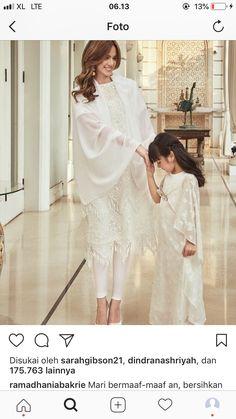 Ied Mubarak, Hijab Fashion, Women's Fashion, Kebaya Dress, Eid, Kaftan, Baby Dress, Muslim, Dress Outfits