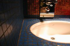 detail about special system to integrate of basin under  the marble Top after dressed with Bisazza Mosaic