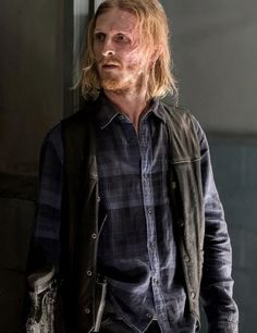 New promotional picture of Dwight in The Walking Dead Season 7