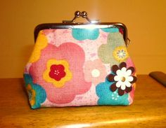 イメージ 8 Clutch Purse, Coin Purse, Frame Purse, Pouch, Wallet, Cosmetic Bag, Fabric Crafts, Hand Sewing, Diy And Crafts