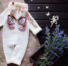 Toys for girls baby boys 54 ideas for 2019 Baby Girl Crochet, Crochet Baby Clothes, Crochet Flower Patterns, Baby Knitting Patterns, Knitting For Kids, Crochet For Kids, Baby Boy Cardigan, Cool Toys For Girls, Crochet Cap