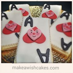 Heart Cookies, Cake Cookies, Ace Of Hearts, Make A Wish, Custom Cakes, How To Make Cake, Cake Pops, Special Occasion, Campaign