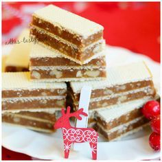 Grilážky Czech Desserts, Sweet Desserts, Just Desserts, Sweet Recipes, Dessert Recipes, Slovak Recipes, Czech Recipes, Condensed Milk Cake, Baklava Recipe