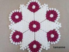 Yuvarlak Çiçek Lif Yapılışı - YouTube Easy Knitting Patterns, Crochet Flower Patterns, Crochet Flowers, Sewing Patterns, Bead Crochet, Crochet Doilies, Crochet Stitches, Hairstyle Trends, Fibres