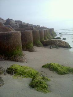 Carolina Beach, North Carolina.  March 1, 2012, nature, rocks, ocean