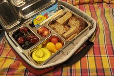 LOVE this lunch box! Makes me want to go back to grade school!