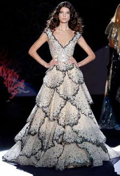 cd2fdf661321 Zuhair Murad 2009 Homage to Christian Dior (See the original Dior in Gowns  ~ Vintage)
