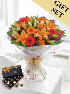 Autumn Flowers to Cork from Mimosa Flowers. Beautiful Autumn flowers delivered for all occasions. Easter Flowers, Fall Flowers, Love Flowers, Beautiful Flowers, Bouquet Flowers, Dublin, Cork, Autumn Rose, Order Flowers Online