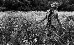 CHLOE IN THE WOODS - WOMAN | Stradivarius Romania