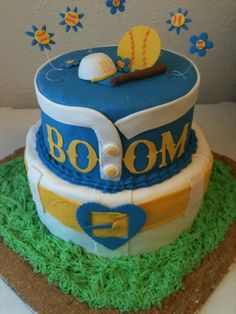 Softball cake By tw33tybyrd on CakeCentral.com