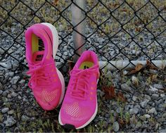 Hit the gym in these bright #Nike runners for ONLY $35 at #PlatosBarrhaven & add some colour to your workout! #love | www.platosclosetbarrhaven.com