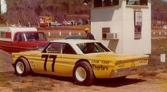64 Comet dirt car... something I know nothing about, but cool anyhow.