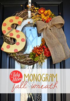 35 Fall Wreaths for Your Door - DIY Monogram Fall Wreath - Fall Wreaths For… Crafts For Teens To Make, Diy And Crafts, Candy Corn, Halloween Crafts, Fall Halloween, Diy Monogramm, Diy Wreath, Monogram Wreath, Wreath Ideas