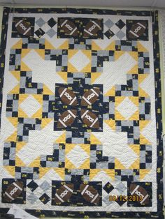 University of Michigan Quilt and Pillowcase (all hand-sewn ... : michigan quilts - Adamdwight.com