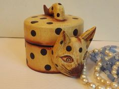 Wooden cat jewelry box with lid hand curved and by HuntWithJoy,