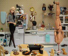 Barbie, serial killer. Doll photographer Mariel Clayton. Inspired by Dexter. (Is that his head on the stove ?)