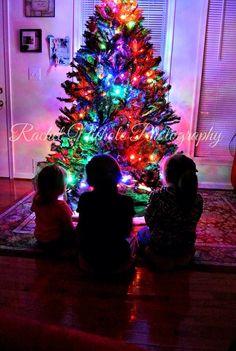 Kids Christmas picture idea :)