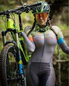 Female Fitness 456904324700236802 - Source by cuillerwilliam Bicycle Women, Bicycle Girl, Motard Sexy, Beautiful Athletes, Cycling Girls, Sporty Girls, Biker Girl, Cycling Outfit, Athletic Women