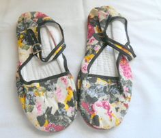Vintage floral Chinese Slipper mary jane Shoes by houuseofwren