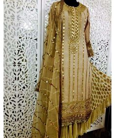 Undoubtedly the most elegant gota patti suit ever! Please help us find the designer's name!
