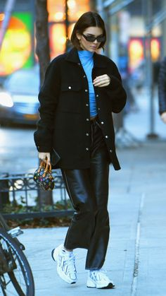 Winter Outfits, Casual Outfits, Fashion Outfits, Style Année 90, Model Outfits, Model Street Style, Kendall Jenner Outfits, Models Off Duty, Celebrity Outfits