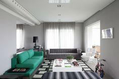 Tapete preto e branco de Triplex Arquitetura - 16880 no Viva Decora