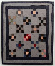 Nine Patch Amish Doll Quilt: Circa x Stella Rubin Antique Crib, Antique Quilts, Vintage Quilts, Antique Dolls, Amische Quilts, Mini Quilts, Barn Quilts, Amish Quilt Patterns, Amish Dolls