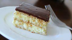 La Torta Eclaire alla Nutella è un golosissimo dolce che si prepara facilmente in meno di mezzora e senza cottura. Con pochissimi deliziosi ingredienti possiamo preparare un dolce davvero squisito!