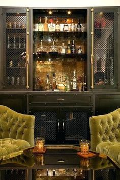 Bars always need luxurious furniture! Introducing the best inspiration for bar lighting. More at luxxu.net #bar #bardecore #luxury #luxurybar #design #hotel #бар #luxurylifestyle