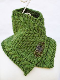 Knit this gorgeous cabled scarf by Michelle Stead with double-stranded Vanna's Choice or single-stranded Wool-Ease Chunky! Get the pattern on Ravelry. Finish it with your favorite pin!