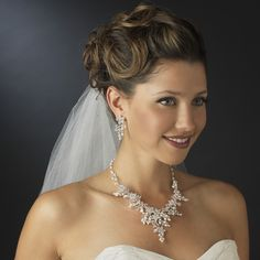 Ivory Pearl & Rhinestone Floral Necklace & Earrings Bridal Jewelry Set 7186
