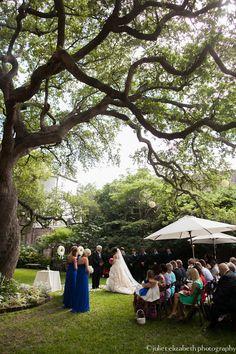 Confederate Home: http://julietelizabethblog.com/katherine-chris-confederate-home-wedding-mccradys-and-marions-reception/#