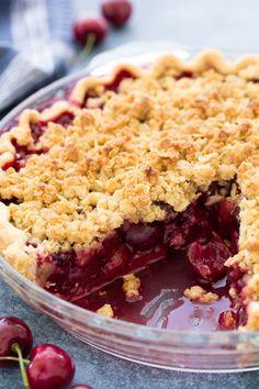 Cherry Pie Crumble, Sour Cherry Pie, Fresh Sweet Cherry Pie Recipe, Easy Cherry Pie Recipe, Cherry Pie Crumb Topping, Sweet Cherry Recipes, Crumble Topping, Cherry Desserts, Just Desserts