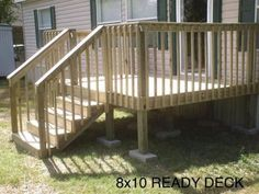 An deck with stairs - Ready Decks Small Front Porches, Front Porch Design, Front Deck, Decks And Porches, Deck Design, Mobile Home Steps, Mobile Home Deck, Small Mobile Homes, Decks For Mobile Homes