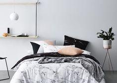海外のおしゃれな部屋みたいにしたいジプシー風ヴィンテージゴールドのインテリアと高級感ある大理石マーブル模様で差をつける