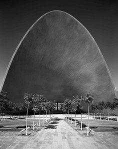 Una guía repasa el fascinante legado en México del arquitecto español Félix Candela