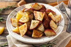 Easy Roasted Potatoes, Seasoned Potatoes, Roasted Potato Recipes, Oven Roasted Chicken, Baked Potatoes, Greek Recipes, Italian Recipes, Ranch Potato Recipes, Ranch Potatoes