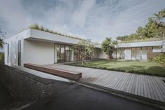 Gallery of Private Villa in Ungasan / Rafael Miranti Architects - 22